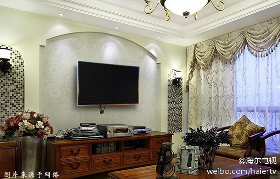 欧式客厅的电视背景墙